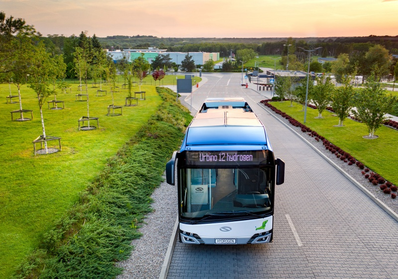 Wuppertal und Köln bestellen Solaris-Wasserstoffbusse